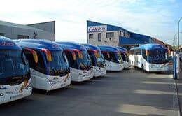 Autocares Chaos - Contamos con una flota de autocares que satisface todas sus necesidades de transporte
