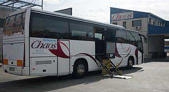 Autocares Chaos - Contamos con una flota de autocares para el transporte de minusválidos.