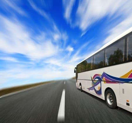 Autobús en carretera